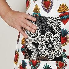 White hearts apron