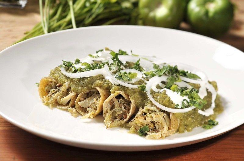 Enchiladas verdes con jaiba