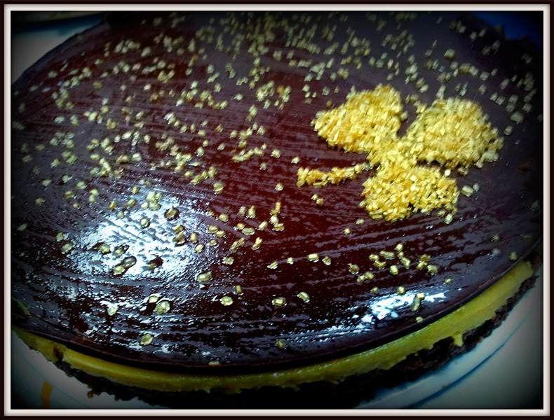Tarta crema de tocino de cielo con chocolate crujiente