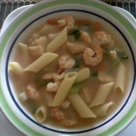Sopa italiana de camarón