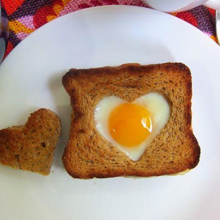 Huevo a la Canasta