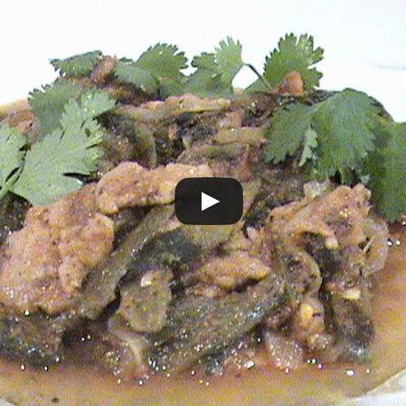 Bistec con chilaca en salsa de jitomate