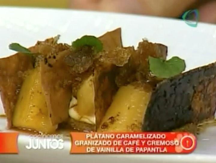 Plátano caramelizado gratinado de café y cremosos de vainilla de Papantla