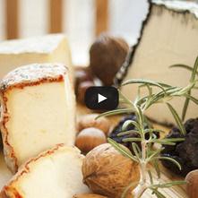 Untable de queso azul y avellanas