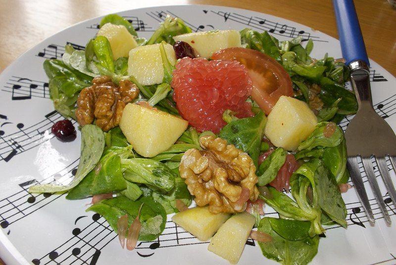 Ensalada con Toronja y Manzana