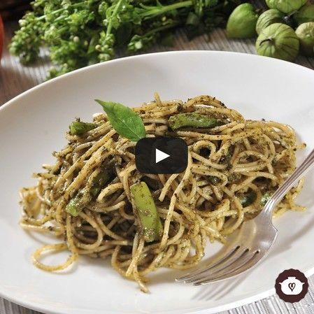 Spaghetti con pesto y ejotes