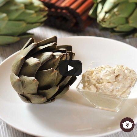 Alcachofas con aderezo de huevo