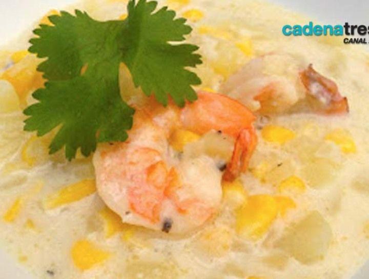 Chowder de elote con pescado
