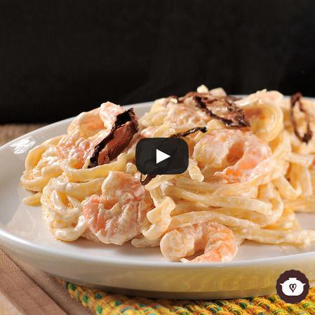 Linguini con camarones en crema de chipotle y tequila