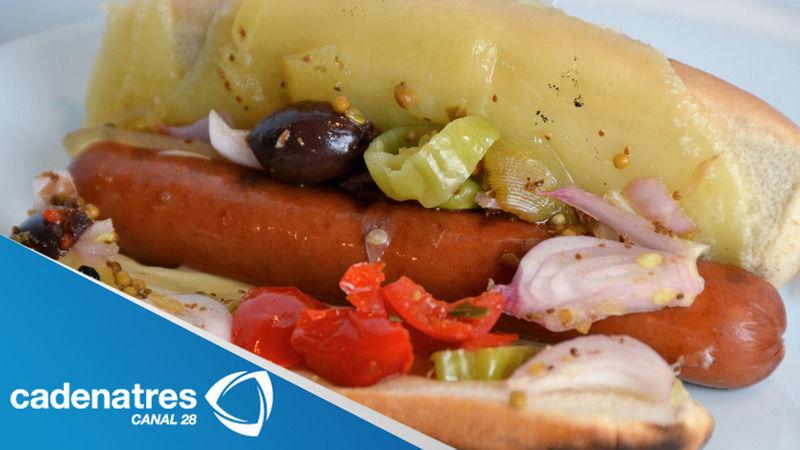 Hot dogs muffuleta