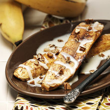 Plátanos con crema y nuez