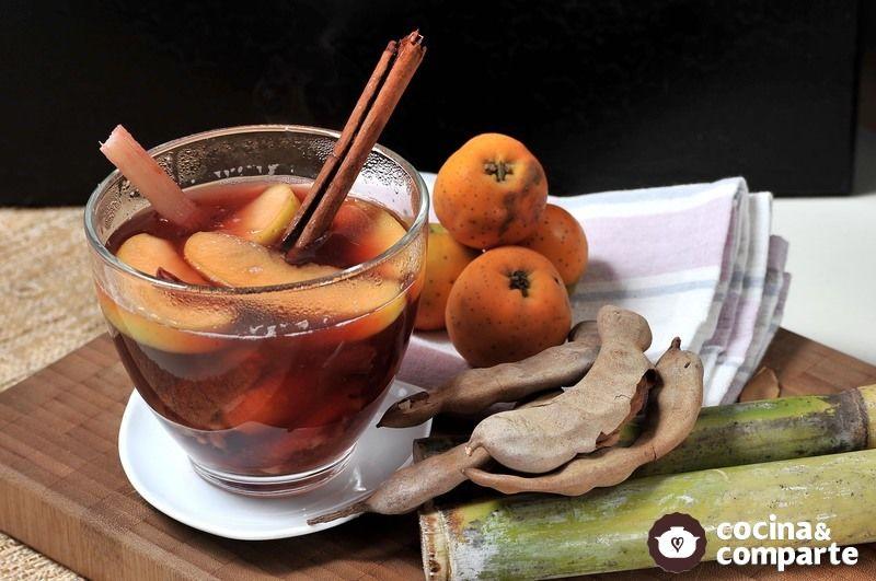 Ponche de frutas con jamaica