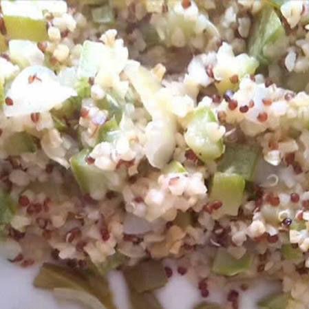 Quinoa y burgol con calabacitas