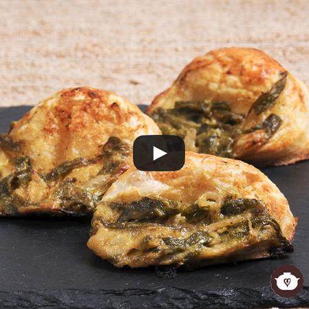 Empanadas de rajas con queso