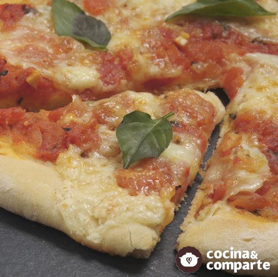 Pizza Margarita casera