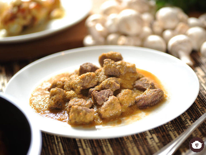 Carne con chicharos