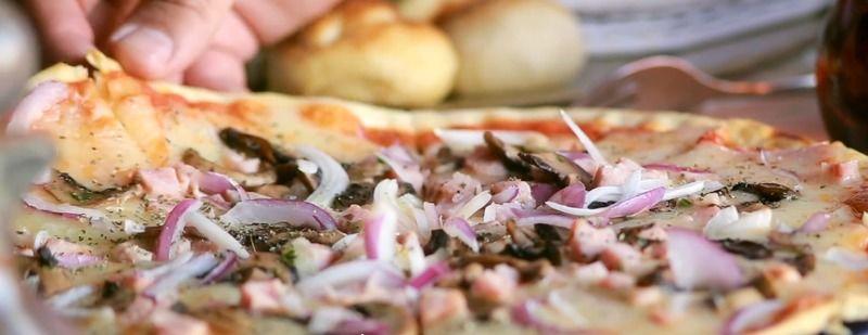 Pizza Provolone