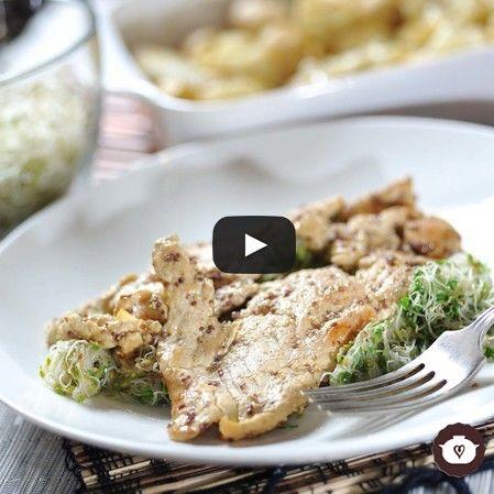 Pechuga de pollo con germinado de alfalfa