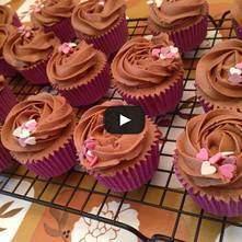 Cupcake de caramelo y chocolate - San Valentín