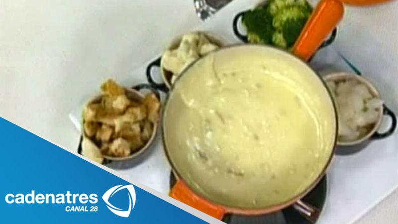 Fondue de queso gruyeres con echalotas caramelizada