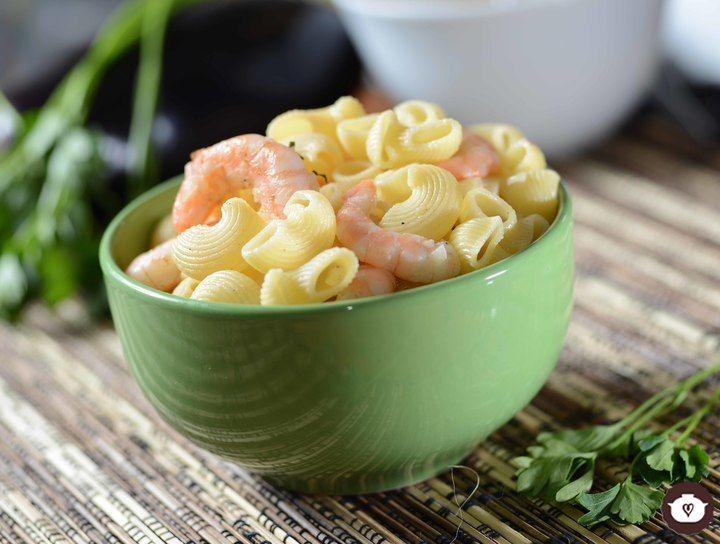 Pasta de coditos con camarones