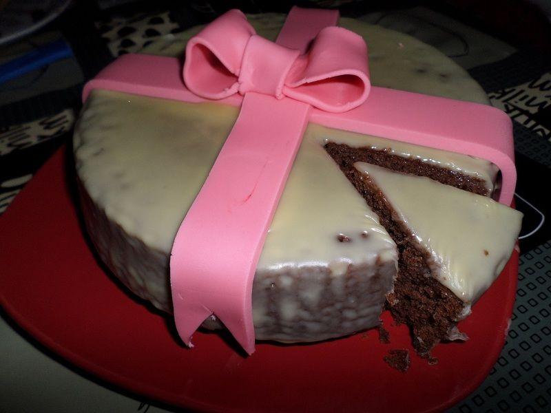 Pastel con ganache de chocolate blanco