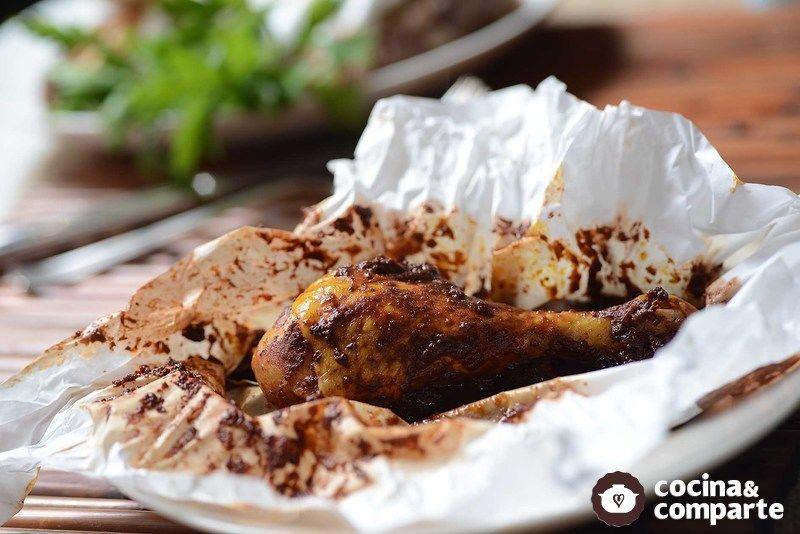 Mixiotes de pollo estilo Puebla
