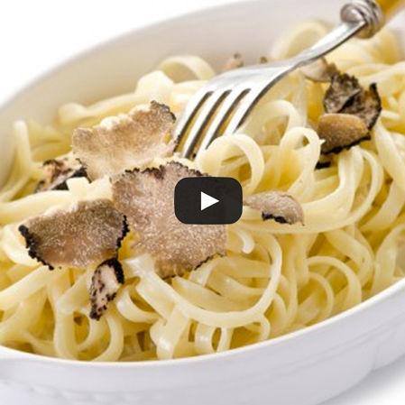 Fetuccini con queso de cabra y hongos portobello