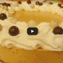 Pastel de queso con besitos