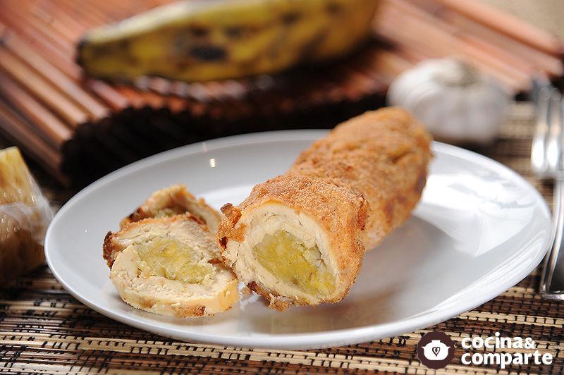 Pechugas de pollo rellenas de plátano macho