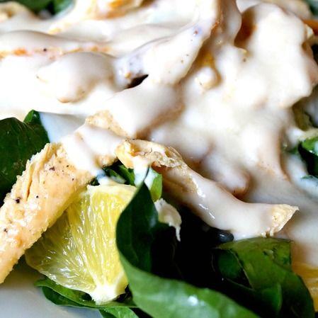 Espinacas con yogur, miel y pechuga de pollo