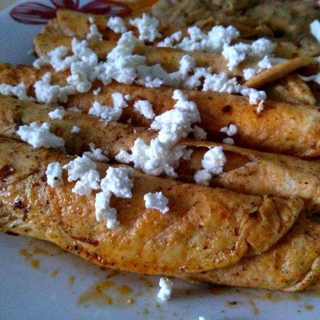 Enchiladas de queso fresco