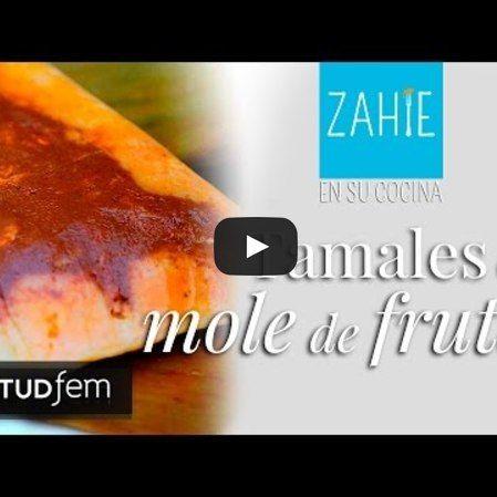 Tamales de mole de frutas