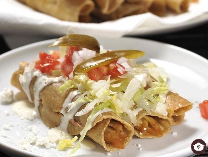 Receta Tacos dorados de pollo | CyC