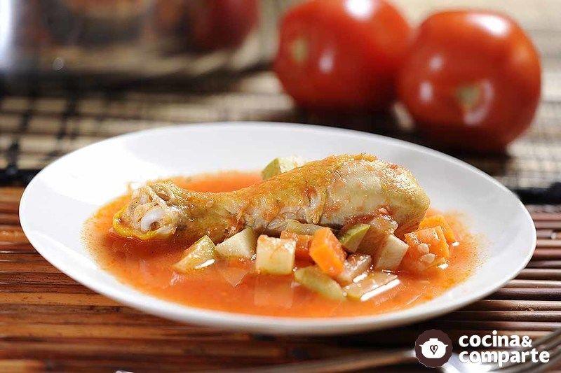 Pollo en caldillo con verduras