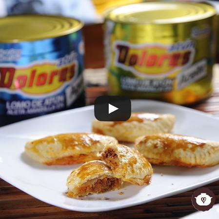 Empanadas de atún Dolores con chipotle