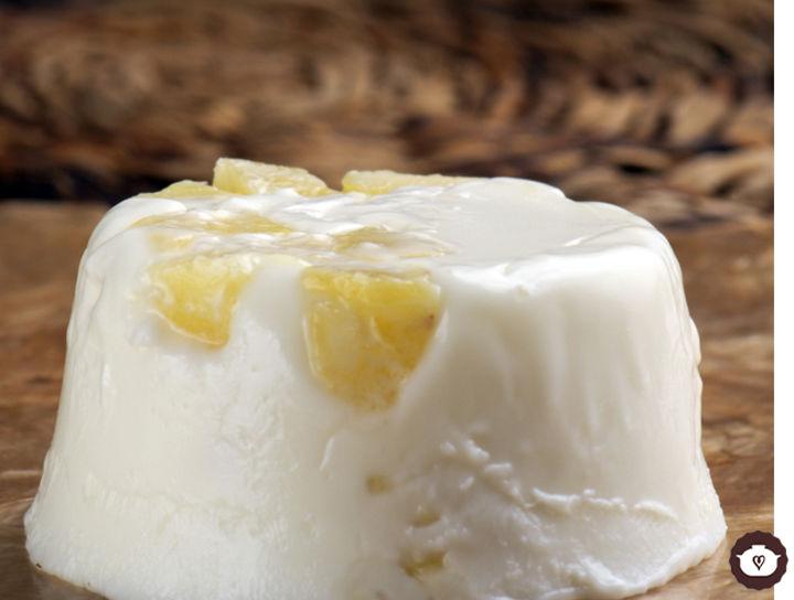 Gelatina de yogur con piña
