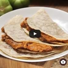 Tacos de frijoles con chorizo