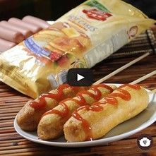 Banderillas de hot cakes con salchicha