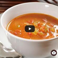 Sopa de pimientos con tocino