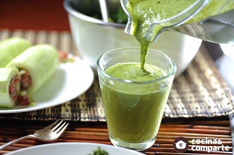Receta Detox batido verde de cúrcuma