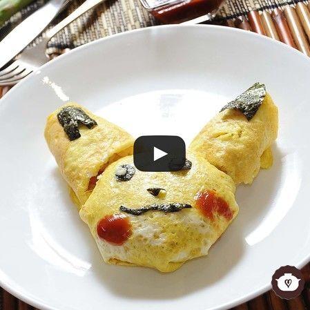 Omelette de arroz de pikachú