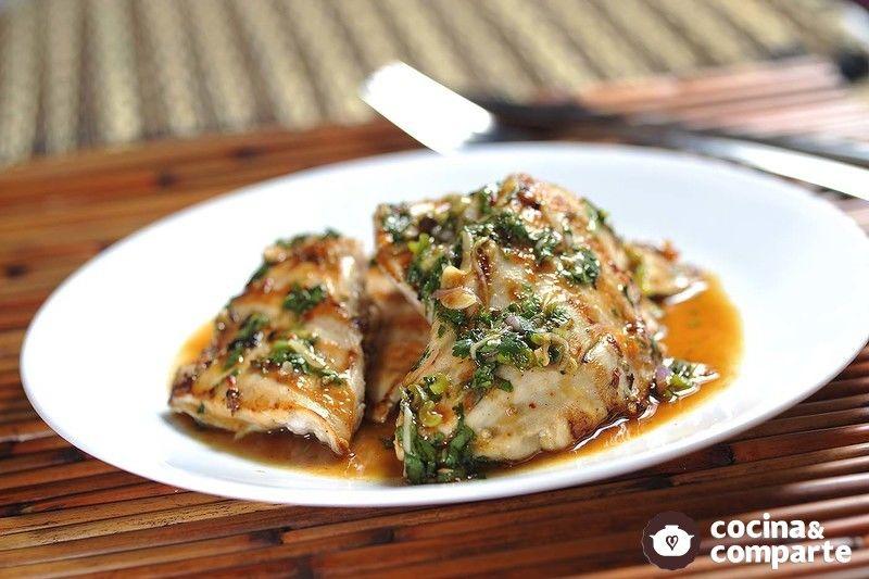 Pechuga de pollo marinada