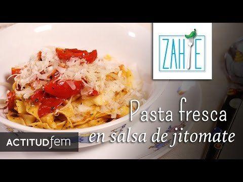 Pasta fresca en salsa de jitomate