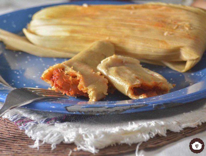 Tamales rellenos de camarón