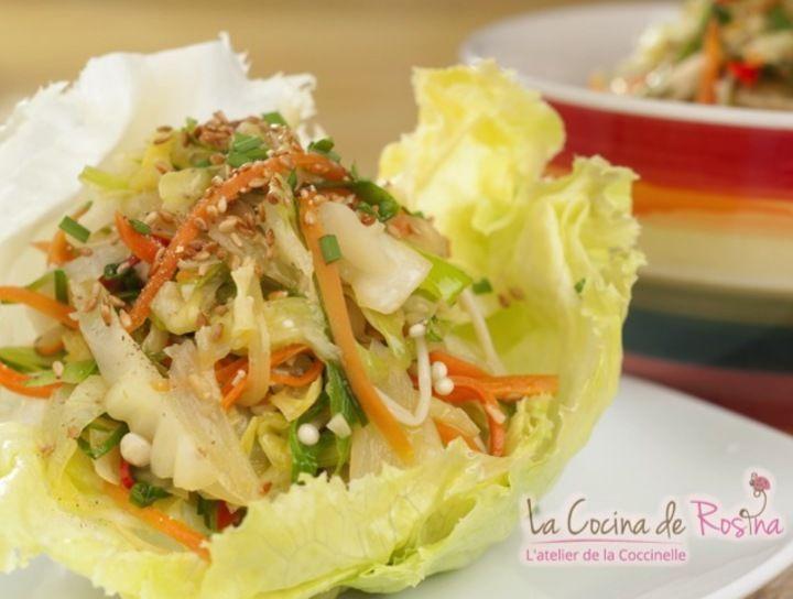 Tacos de lechuga estilo oriental