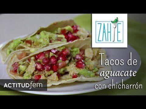 Tacos de aguacate con chicharrón