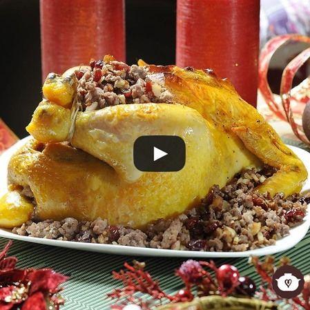 Pollo relleno navideño