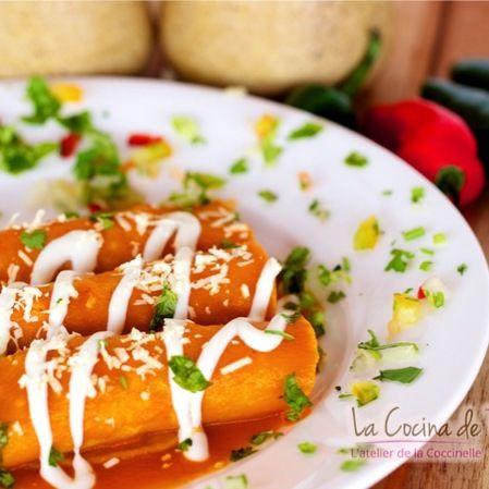 Enchiladas rojas de requesón
