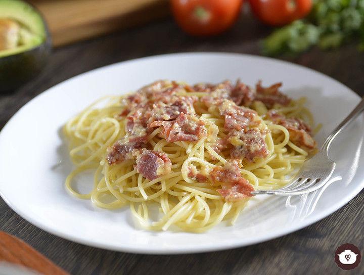 Spaghetti con jamón serrano